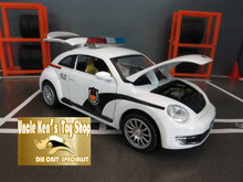 1:32 scale model Beetle construction vehicle with pull back function light sound diecast model metal car
