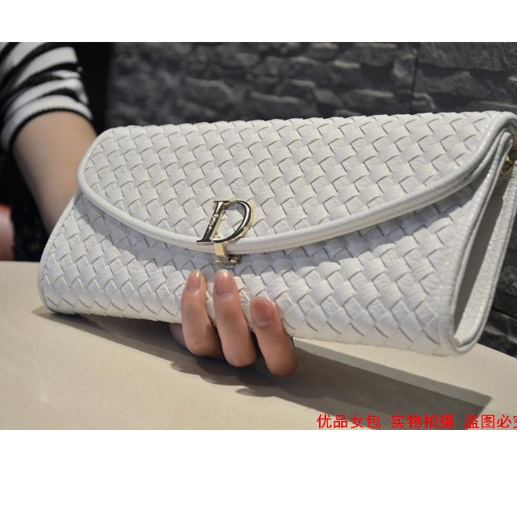 2015 female knitting handbag handbag summer party Europe hand bag new female star with a small bag chain(China (Mainland))