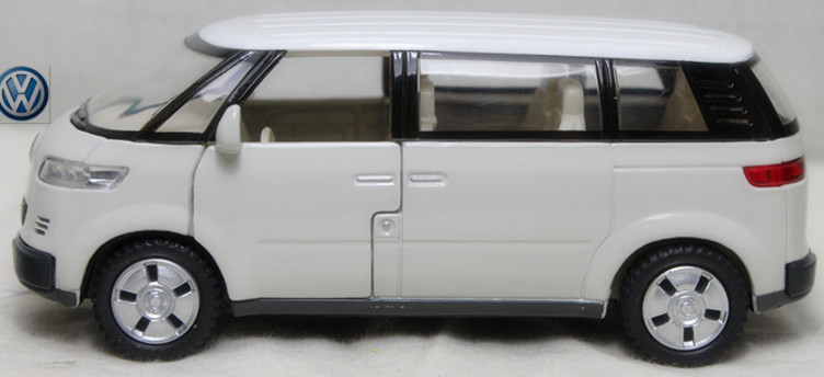 NEW 1:38 Volkswagen Microbus 2001 Alloy Diecast Model Car White Toy collection B146b(China (Mainland))