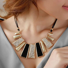 Korea female short clavicle European fashion jewelry rhinestone necklace, Bohemian top original necklaces(China (Mainland))