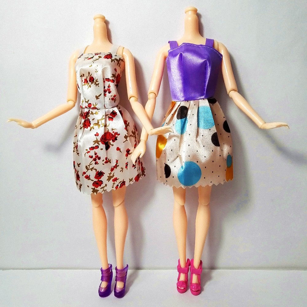new 20 PCS/set Handmade Occasion 12 Garments Trend Blended type Gown + eight Pair Equipment Footwear for Barbie Doll Finest Reward Lady Toy