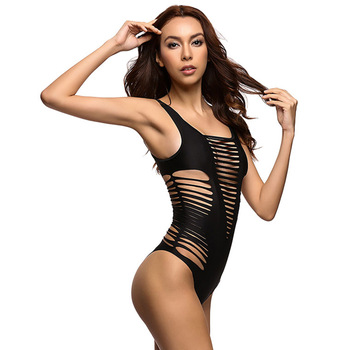 2017 Black Red Sexy cut out one piece swimwear swimsuit bathing suit for women hollow out monokini bodysuit maillot de bain V167