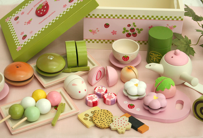 Free Shipping! Baby Toys Afternoon Tea Cake Wooden Play Food Set Child Educational Toys Wooden Toys gift(China (Mainland))