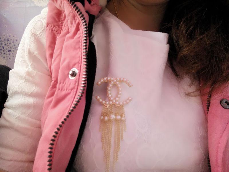 Fashion Hot Women crystal rhinestone cross brooch pin fashion channel brooch Alloy plating pearl brooches for wedding broochs(China (Mainland))