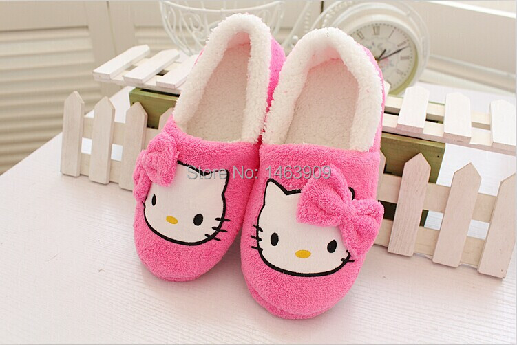 Гаджет  2014 Winter Casual Home Slippers For Women Indoor Shoes Warm Winter Slippers Home Shoes Cartoon Hello Kitty With Bowtie Slippers None Обувь