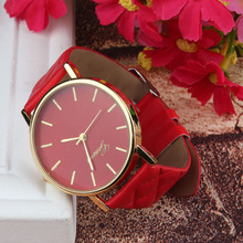 2015 Geneva Watch women Fashion Analog Quartz Watches Plaid Leather Women Casual Dress Wristwatches relogios feminino