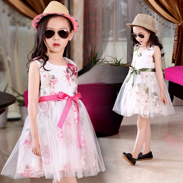 فساتين للبنوتات Hot-summer-girls-imprimer-robe-en-dentelle-enfants-floral-voile-princesse-robe-b%C3%A9b%C3%A9-fille-3-5.jpg_640x640