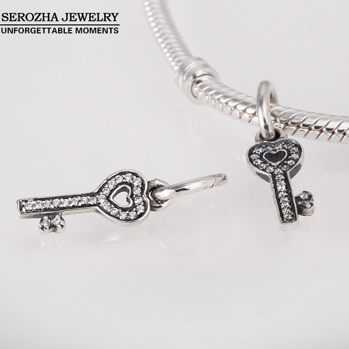 Wholesale Dangle Key Charms With Heart Authentic 925 Sterling Silver Crystal Trust Charm Beads Women DIY Jewelry Bracelets Er388