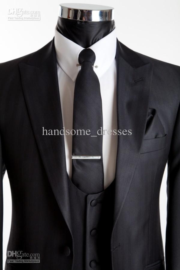 2014 New Arrival!!!Real Sample Good Desige 2014 Fashion Wedding Groomsman Suit Handsome Tuxedo(jacket+pant+tie+vest)Best Mens SuОдежда и ак�е��уары<br><br><br>Aliexpress