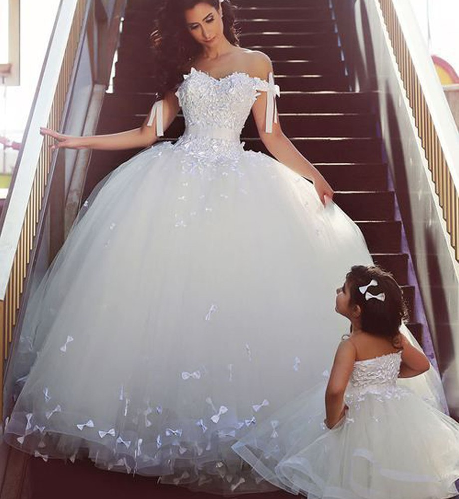 Cap sleeve muslim bling luxury princess wedding dresses for Sparkle wedding dress sacramento