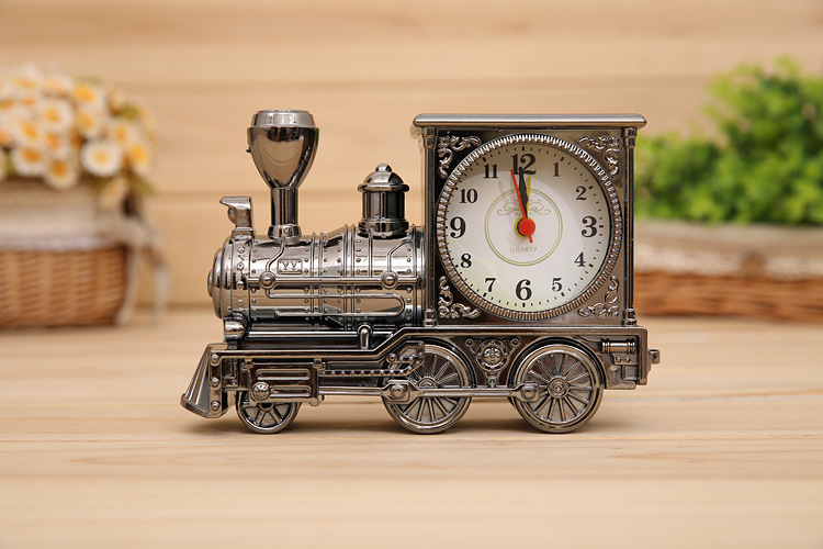 Toy Trian 2015 Hot Selling Mini Train Models Kit Toys Gifts For Children Kids Train Model & Clock Two Funtions(China (Mainland))