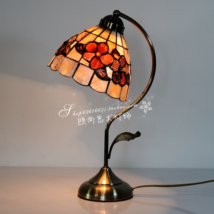 Fashion shell rustic study light 8 rich flowers small table lamp<br><br>Aliexpress