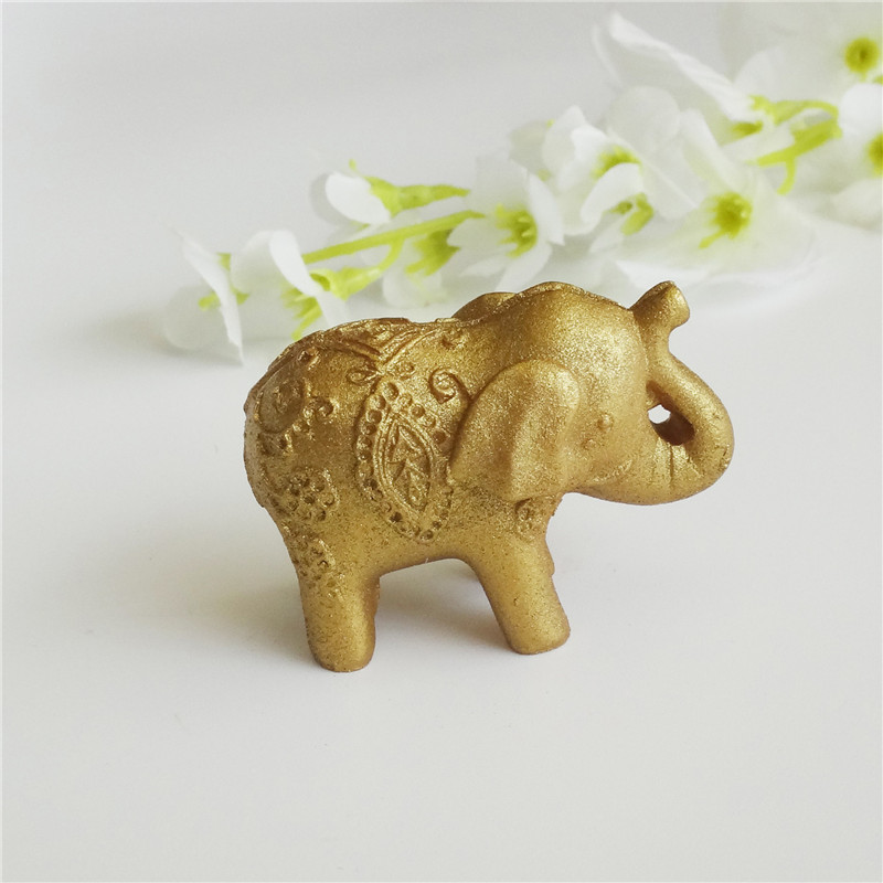 The Hot Sale Creative Golden Elephant Seat Card Clip Fashion Gift The Wedding Scene Props for Lovely Wedding Table Accessories(China (Mainland))