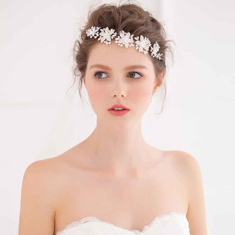 Bridal Flower Garland Floral, Crystal Wedding Accessory Headband Hairband Party Festival wedding decoration artificial flowers(China (Mainland))