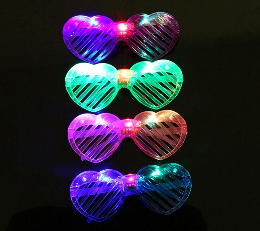 50pcs/set lighten heart shape glassesmask flashing toys suit for children and adults party festival decoration(China (Mainland))