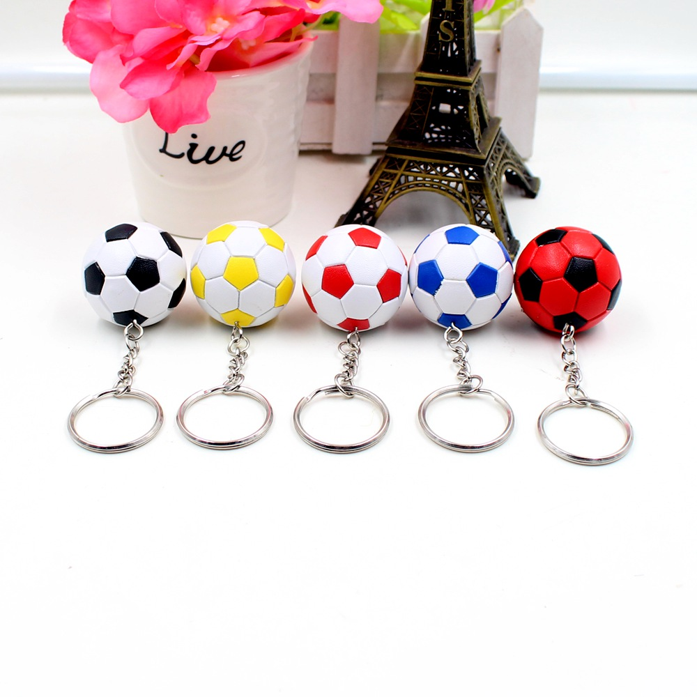 2016 purchase of new football model car key ring keychain car key ring gift toy collection(China (Mainland))