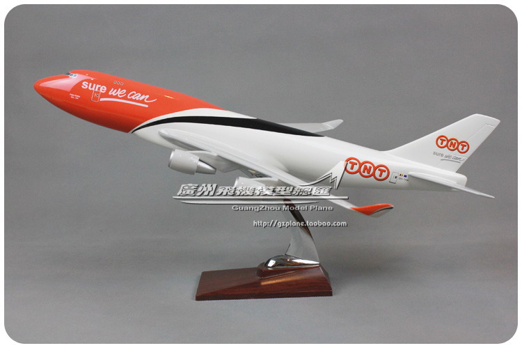 47cm Resin Air TNT SURE WE CAN Airlines Boeing B747 400 Airways Plane Model Airplane Model Toy Collections Decoration Gift(China (Mainland))