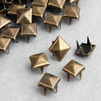 100pcs 8mm Brass Pyramid Studs Nailheads Rivet Spike Punk Bag Leather Craft Bracelets Clothes