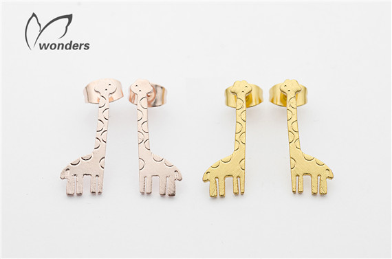 2015 Fashion Jewelry Wedding Band Silver Gold Giraffe Earrings Stud Stainless Steel Wholesale Price 30pairs/lot<br><br>Aliexpress
