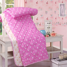 Free shipping Home textile lovely Point print quilt for children bed quilt/comforter for summer/spring four sizes for home(China (Mainland))