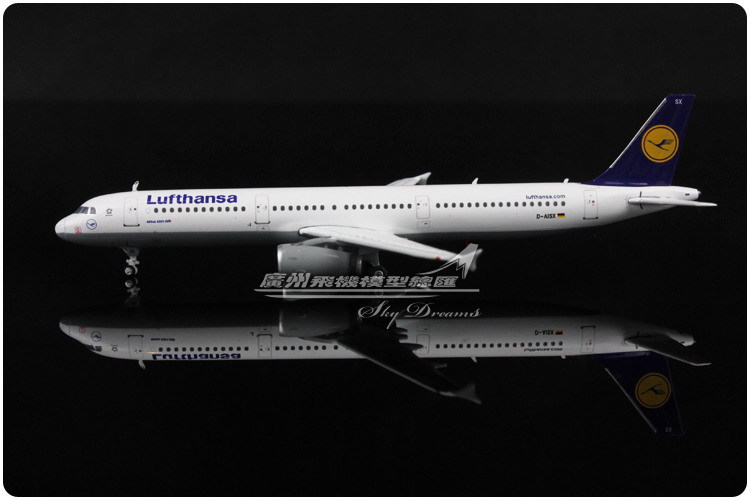 11.1cm 1:400 Air Lufthansa Airlines Airbus A321 D-AISX Airways Airplane Model Plane Model Toy Collections Gift(China (Mainland))