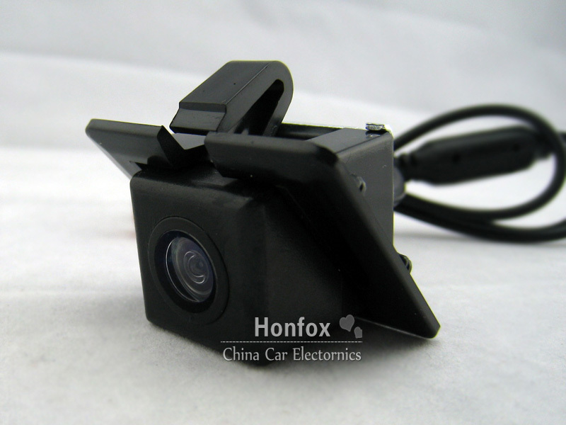 2.4G Wireless Rear View backup camera transmitter and receiver Night vision F toyota prado 2012(China (Mainland))