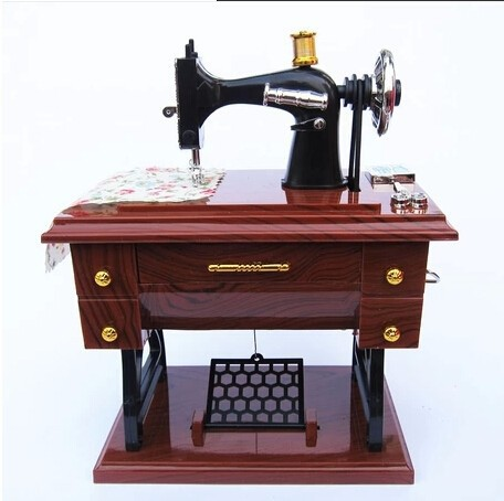 New Arrival novelty gifts Vintage Mini Sewing Machine Style Mechanical Music Box Gift Birthday gift Sartorius Model Musical Toy(China (Mainland))