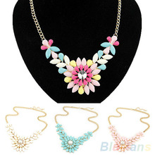 Women's Multicolor Resin Flower Crystal Pendant Collar Necklace Costume Jewelry necklaces & pendants