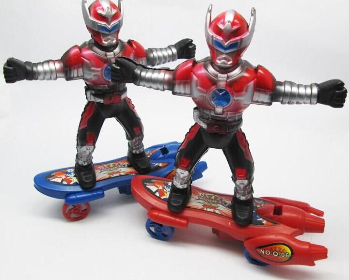 Free shipping Inertial skateboard Superman altman, children's favorite universe superman clockwork boomerang toys wholesale(China (Mainland))
