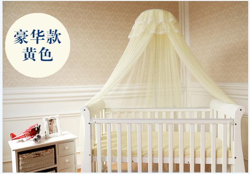 Babybett mit netz: elegante kinderbett mit rausfallschutz netz