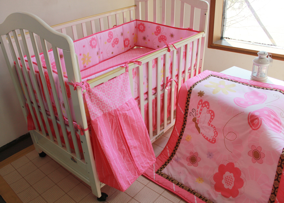 Discount! 5pcs embroidery baby cot bedding set crib bed set baby crib set ,include(bumper+duvet+bed cover+bed skirt +diaper bag)<br><br>Aliexpress