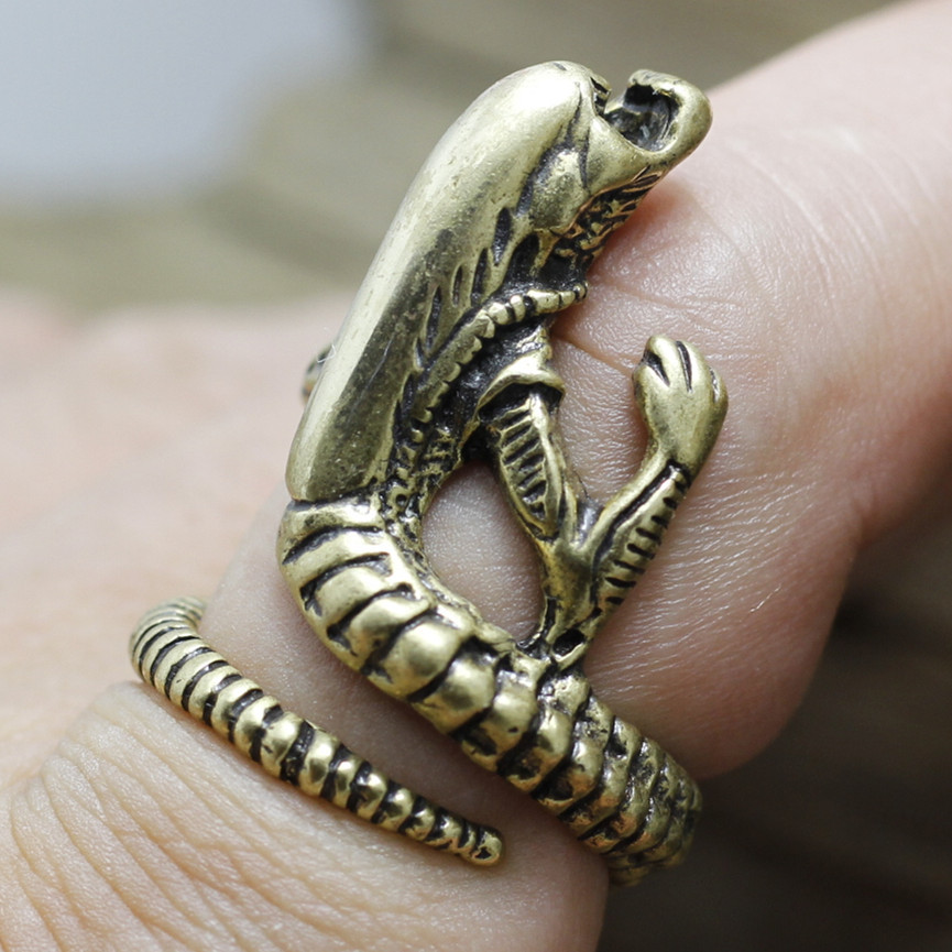 Jewelry grade brass Super Fine individuality Gothic Punk Rock Aging Treatment cool Alien Larva ring men women(China (Mainland))