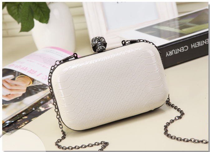 2016 Women Evening Clutch Bag Serpentine Skull Beading Bridal Wedding Party Bags CrossBody Handbags Phone Lady(China (Mainland))
