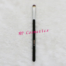 F70 – CONCEALER Face brush cosmetic makeup brush