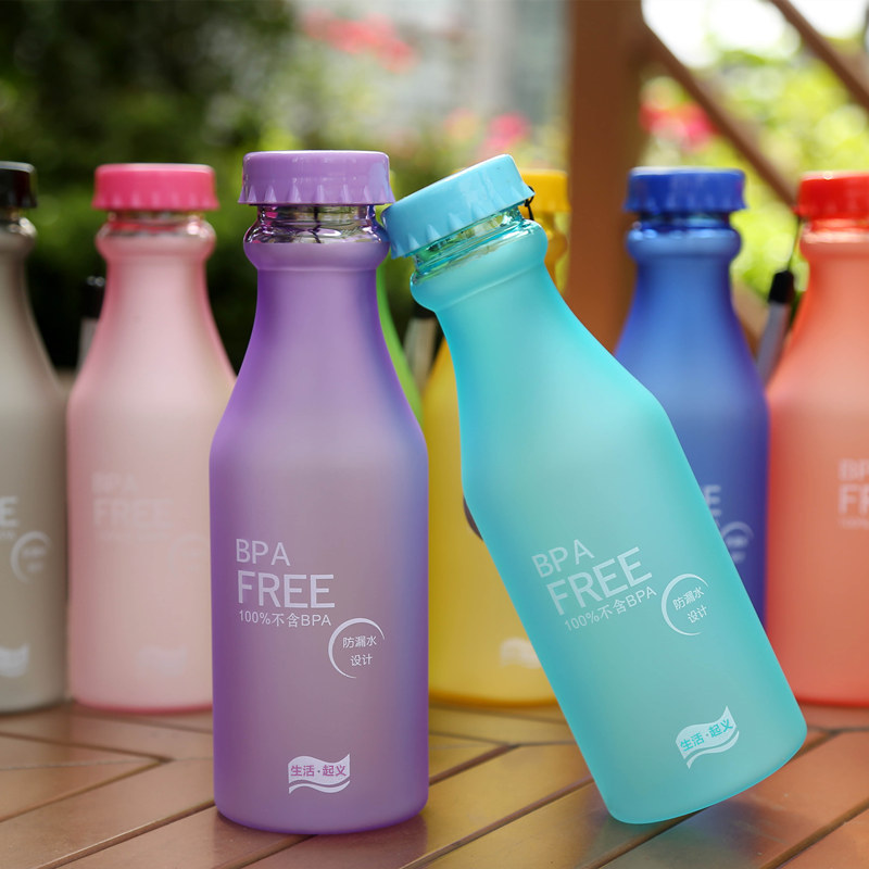 Limited price leak-proof quality portable plastic bottle colorful frosted soda seal water cup students lovely hand(China (Mainland))