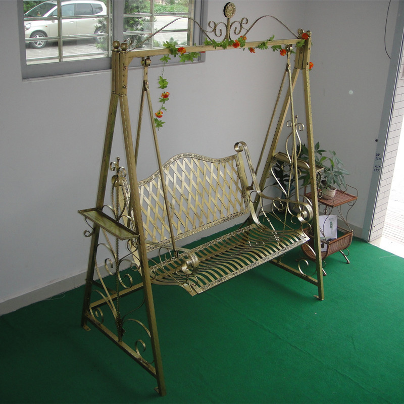 Home sweet home page 6 mahila samajam feminine - Rocking chair jardin ...