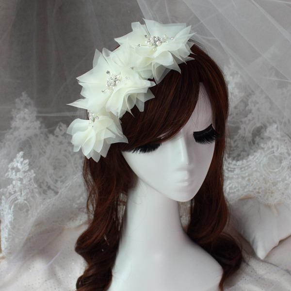 Elegant White Flower With Pearl Crystal Short Bride Hair Accessory Wedding Veil Wedding Accessories Brides Hair Decoration(China (Mainland))