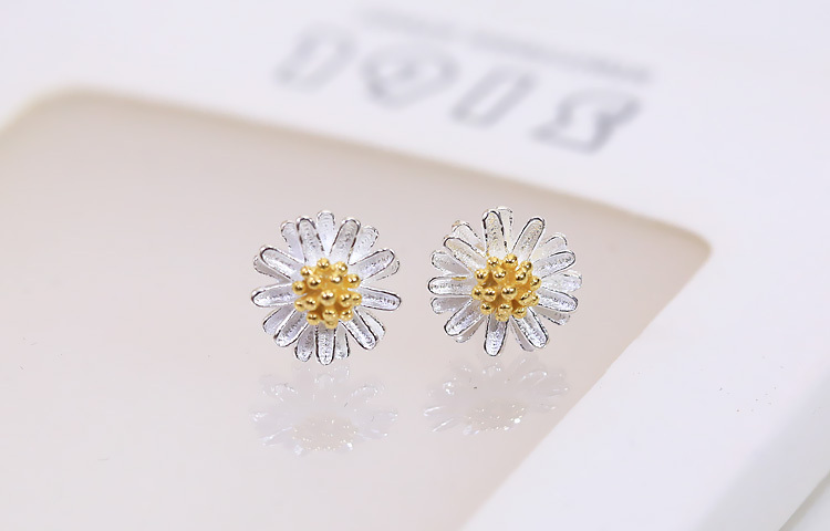 2014 Hot Sales Fashionable Jewelry Solid 925 Sterling Silver Lovely Sun Flower Daisy Stud Earrings(China (Mainland))