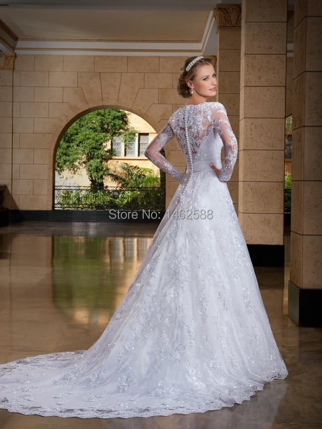 Vintage Style Deep V-neck Long Sleeves Lace Wedding Gowns Princess ...