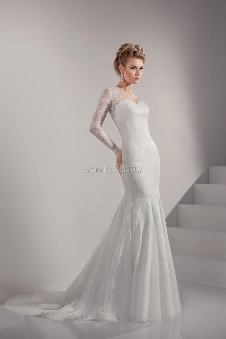 2015 beautiful lace wedding dress with covered buttons for Beautiful sexy wedding dresses