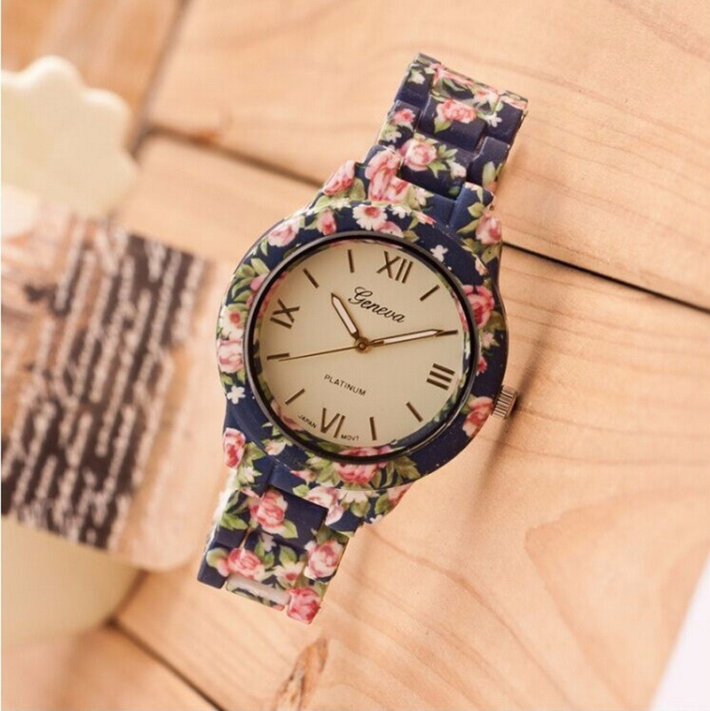 New Fashion Watch Luxury Flowers Printed Geneva Watch Women Casual Quartz Watch Elegant Popular Ladies Dress Wristwatch Relojes(China (Mainland))