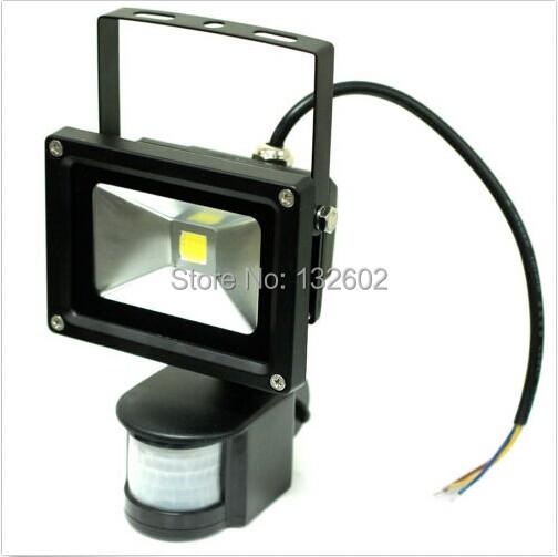10W 120 Degree Warm White/White 850-1000LM Infrared Motion Sensor LED IP65 Floodlight Free Shipping(China (Mainland))