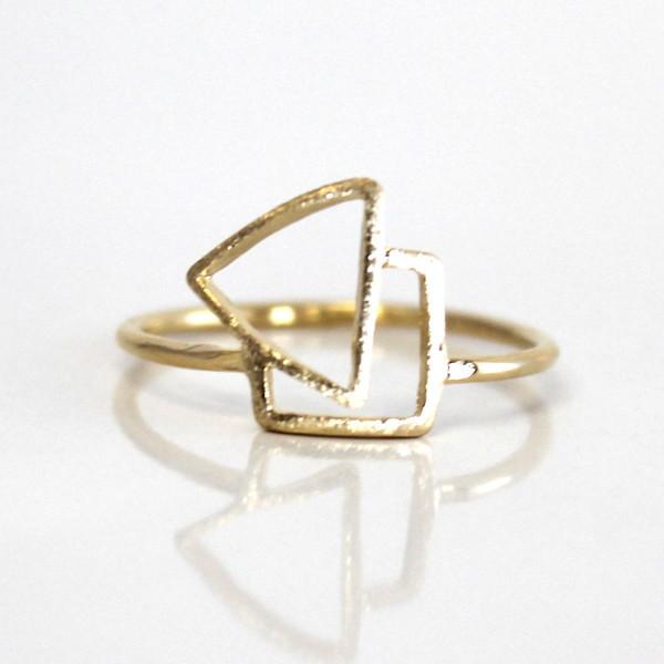 Кольцо Geometry ring Trangle 18k JZ120