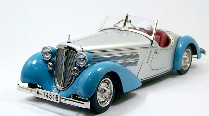 CMC 1:181935 225 Entrance Roadster restricted version of German traditional classic automotive mannequin M-075B alloy mannequin