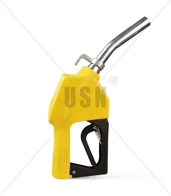 El grabado sobre la bujía de ignición en la gasolina