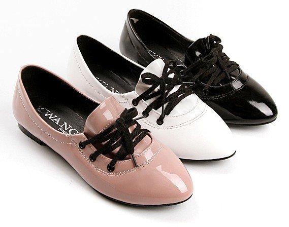 Simple Sepatuolahragaa Black Flat Womens Shoes Images