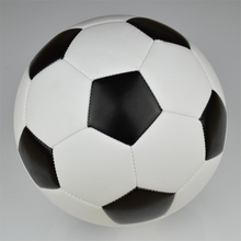 2014 Brand new black and white soccer ball & football, size5 training football  free shipping(China (Mainland))