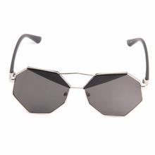 2016 New Summer Fashion Women Sunglasses Polygon Color Film Big Frame Cool new brand(China (Mainland))