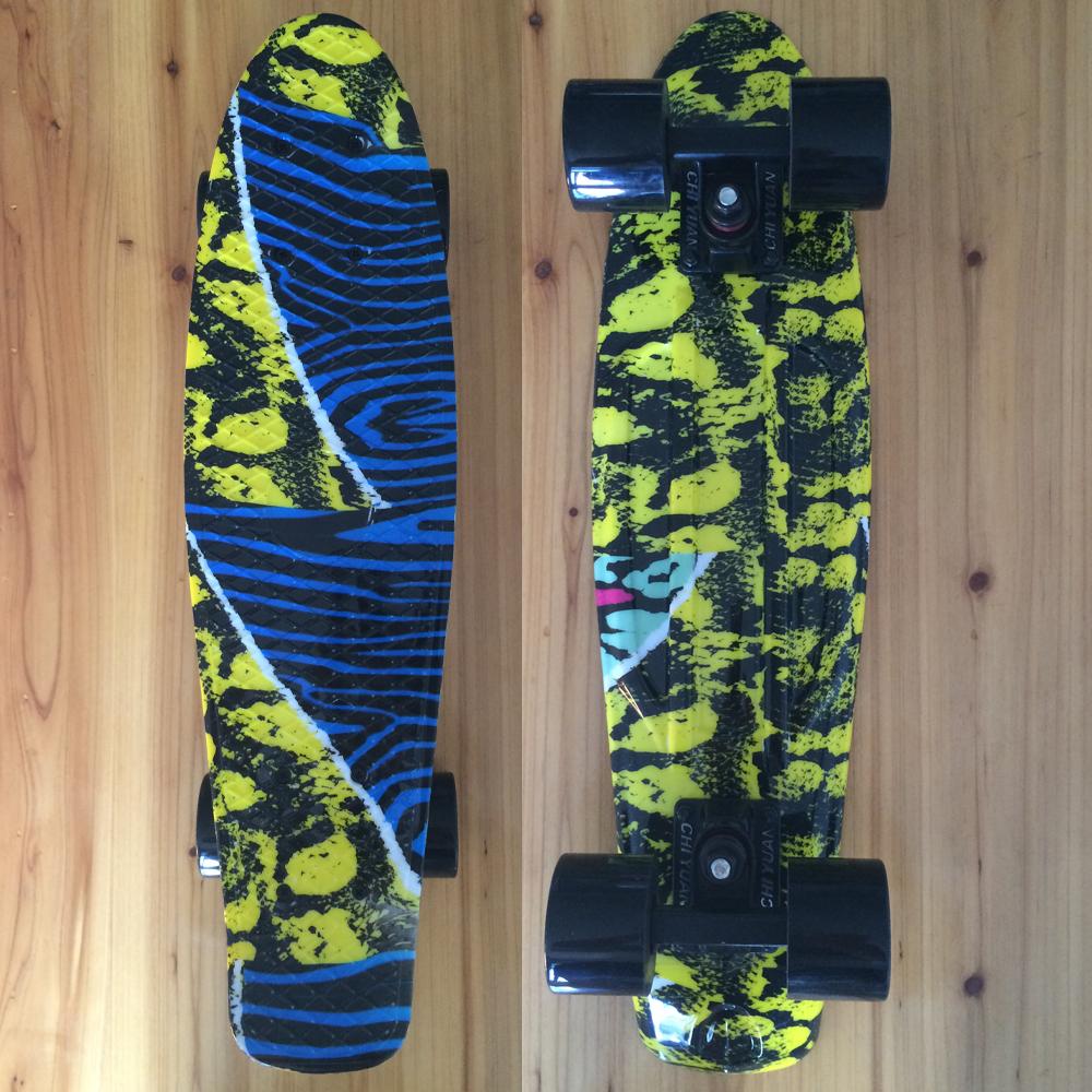 "Mini Cruiser Board Plastic Skateboard Graphic Printed 22"" X 6"" Retro Longboard Skate Long Board(China (Mainland))"