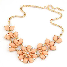 2015 Statement Necklaces Pendants for Women Maxi Collier Femme Resin Flower Gold Chain Choker Collares